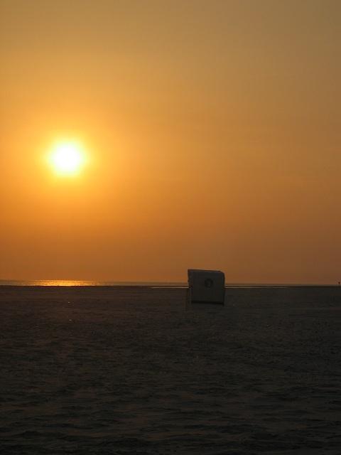 Sonnenuntergang Strandkorb
